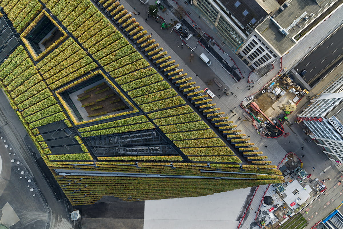 Kö-Bogen II by Ingenhoven Architects